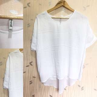 STRADIVARIOUS White Basic Top ❤️