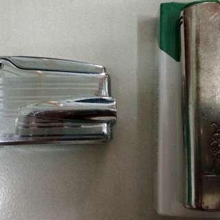 Ronson vintage gas lighter nos