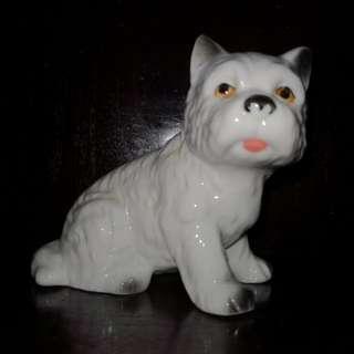Dog figure