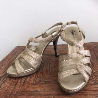 Party heels Fioni Night by Payless murah size 40 #123moveon