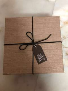 Brand new Artbox gift box
