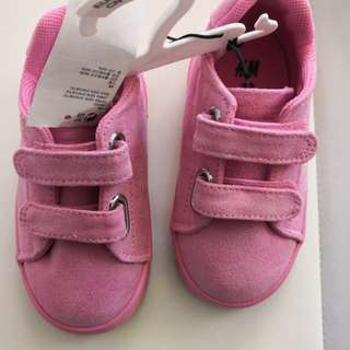 H&M Pink Casual Shoes size 23