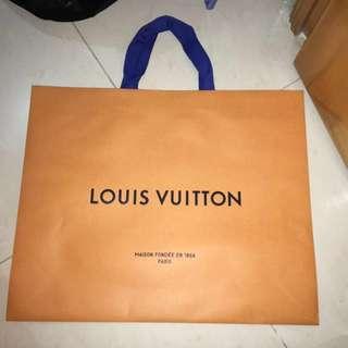 Louis Vuitton paper bag 大紙袋