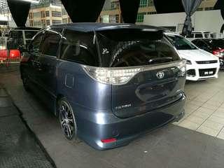 Toyota Estima 2.4