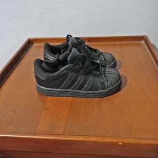 Sepatu anak adidas superatar