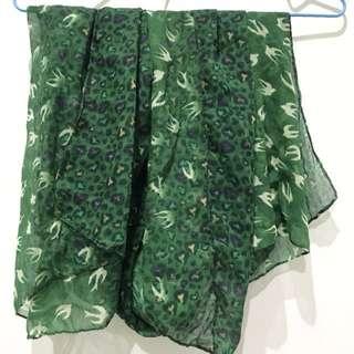 🚚 綠色豹紋飛鴿圍巾