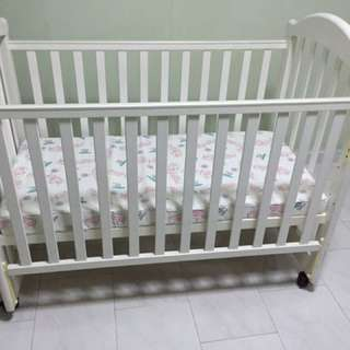 Baby Cot ( with complimentary mattress )