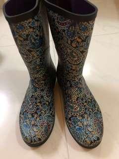 AIGLE 水鞋 全新,36 size