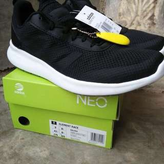 Sepatu ORIGINAL BNIB Adidas Cloudfoam Element Race black white