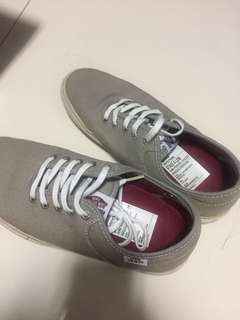 Vans shoe in light grey