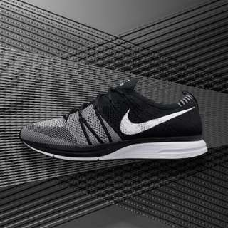 Nike Flyknit Trainer Black/White