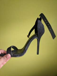 sz 5 Black Suede Open toe stiletto