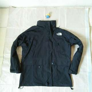 Jaket gunung outdoor goretex The North Face Summit Series