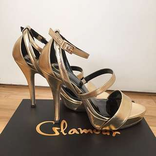 Glamour Gold  Shoe