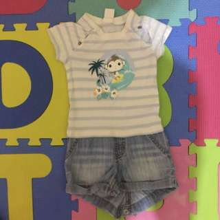 Outfit for 4-6mos