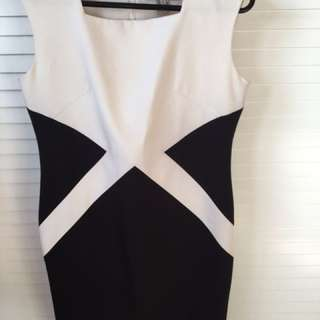 The Verve balck and white dress
