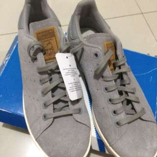 REPRICED Adidas stan smith suede (Gray)