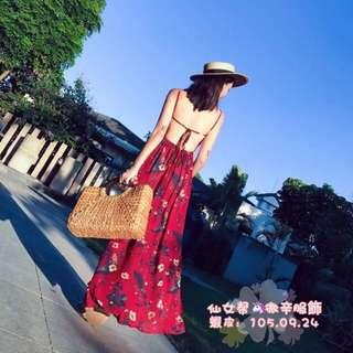 印花🌸露背吊帶裙 開叉