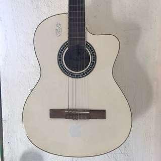 Acoustic Guitar (Barcelona)