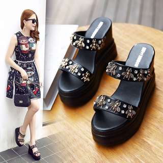 female summer fashion wear a font thick female sandals Korean version of the 12cm slope with non-slip muffins with the tide
