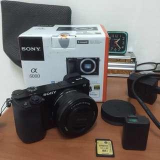 SONY A6000 + lens 16-50mm + kingstone 32GB