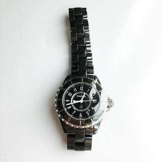 CHANEL H0682 J12 Quartz Ladies 33mm Watch