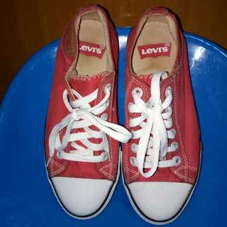 Orig Pre-Loved Levi's shoes