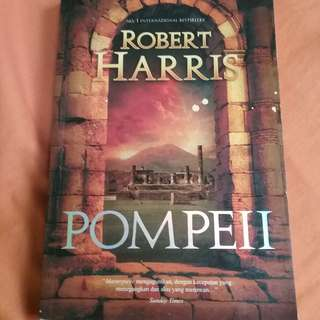 Novel Fiksi Pompeii karya Robert Harris