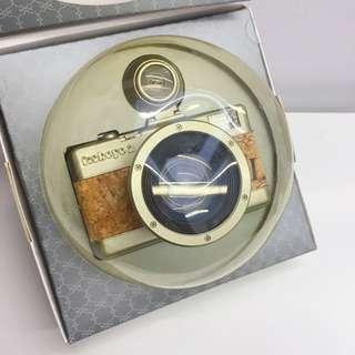 Lomography Fisheye No. 2 35 mm camera (Brut Edition)