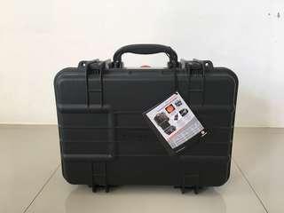 Vanguard Lens Suitcase
