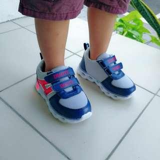 0812/C3*S 现货童装运动鞋👟.