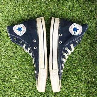 Converse navy blue