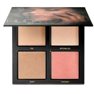 RTP85 Huda 3D Highlighter Palette in Golden Sands