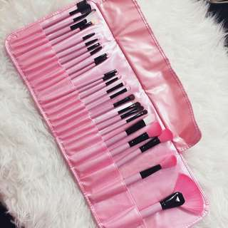 ON HAND MAKEUP BRUSHES 24 pcs with brush bag in Pink