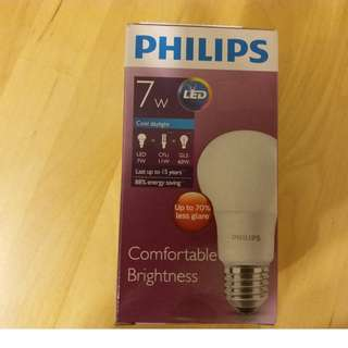 Philips LED 慳電膽 (7W, Cool daylight)