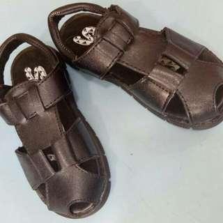 Kid's sandal