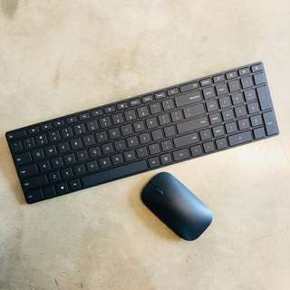Bluetooth keyboard and mouse set (Microsoft Designer)