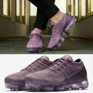Sepatu nike asli import