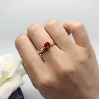 Trillion cut 玫瑰金鑽臂 戒指 簡約復古線條優雅