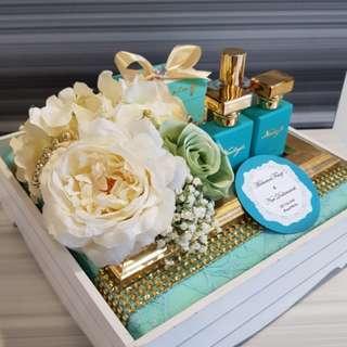 Dulang Gubahan Hantaran & Wedding Gift Trays