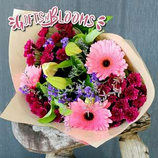 Fresh Flower Bouquet Surprise for Special Anniversary Birthday Gift V37 - OQPNU