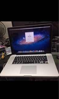 i7 MacBook Pro 15 inch