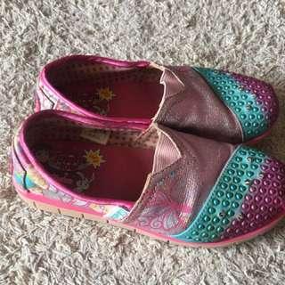 Skechers twinkle shoes light up