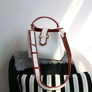 Women Fashion Bucket Volume Wide Strap Minimal 2 tone Bag Handbag SLing