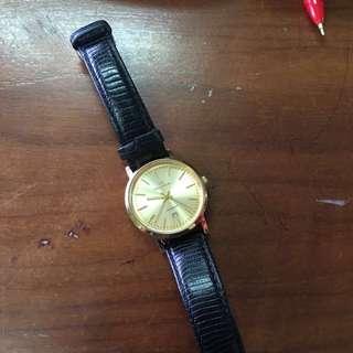 Jam tangan wanita RAD