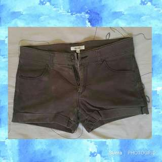 Preloved Shorts 2