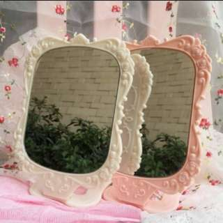 🆕💯Set Of 2 Standing Beauty Rose Mirror💯🆕