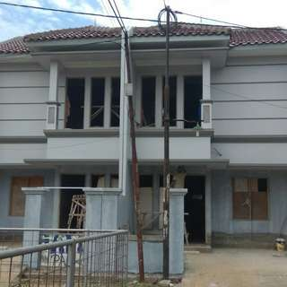 Rumah Mewah di Komplek Kodau Luas Tanah 120 m2