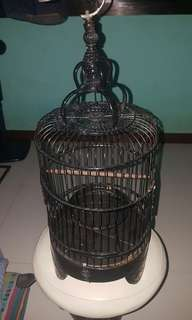 Puteh Cage With cover.