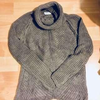 *REDUCED* Zara Knit Turtleneck Sweater